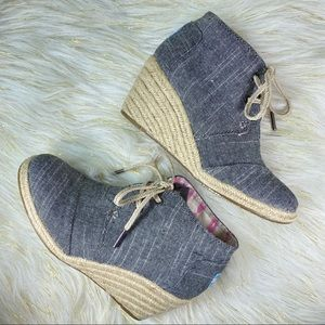 Toms Chambray Desert Wedge Lace Up Shoes